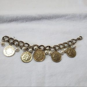 🎁Vintage Gold Coin Rich Lady Pearls CharmBracelet